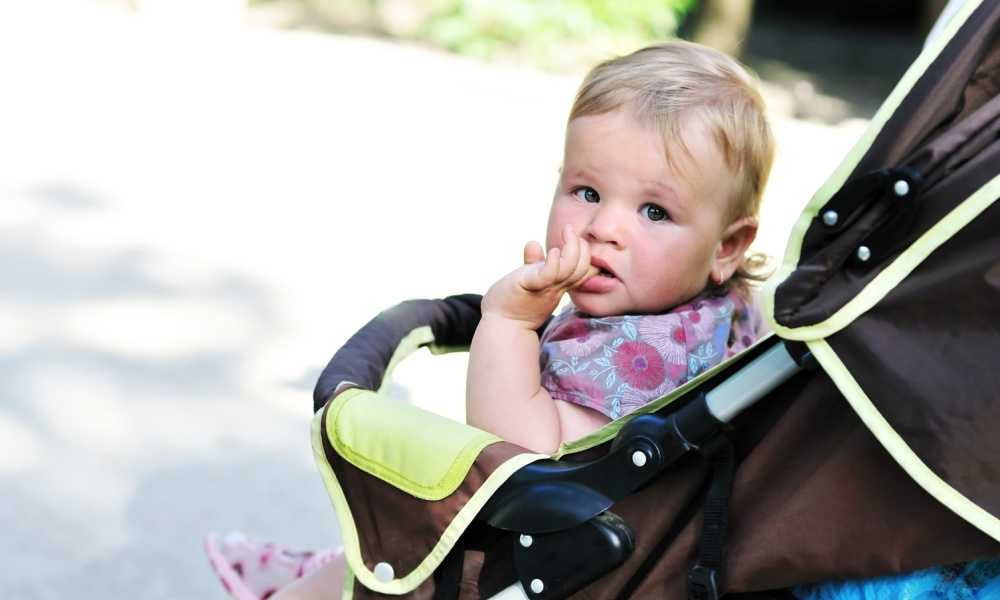 When-Can-You-Put-Your-Baby-in-a-Stroller-Without-a-Car-Seat